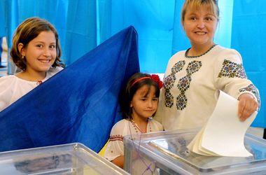 Украинцы в США активно голосуют на выборах президента