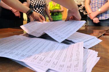 ЦИК: Участковые избиркомы законочили считать голоса