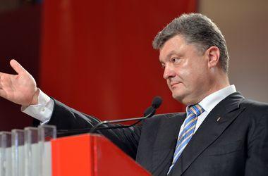 Порошенко пообещал кардинально изменить АТО