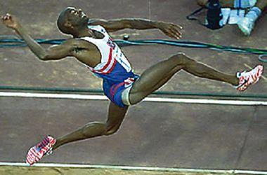 Знаменитый прыгун Майк Пауэлл хочет учить Усейна Болта
