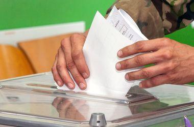 МИД: Украинцы по всему миру закончили голосовать на выборах президента
