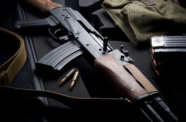 Жители Днепропетровской области устроили стрельбу из автомата