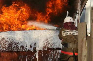 В Киеве в ночь после выборов загорелся институт