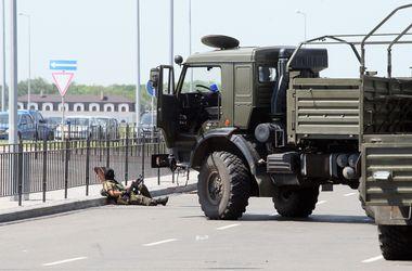 В аэропорту Донецка находится около 200 боевиков