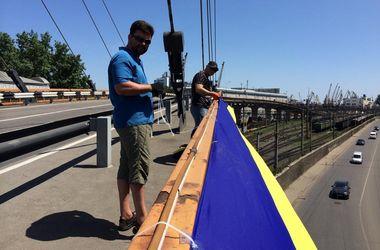 Как в порту Одессы готовились к патриотическому флешмобу