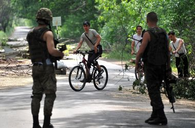 Под Славянском боевики расстреляли мирных жителей с целью дискредитации АТО – Минобороны