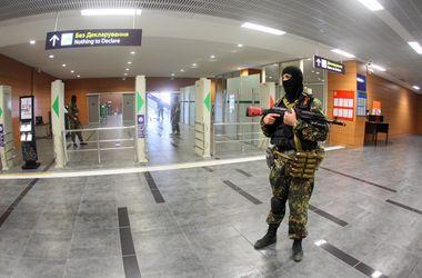 В аэропорту Донецка возобновился бой с участием авиации - СМИ