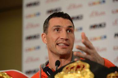 Менеджер Кличко пригрозил отменой боя с Пулевым из-за жадности промоутера