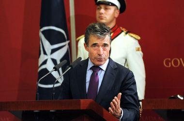 Российские войска находятся на границе с Украиной не для учений - НАТО