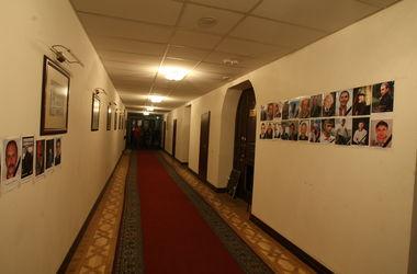 Киевский избирком ждет к вечеру первых протоколов по мажоритарщикам