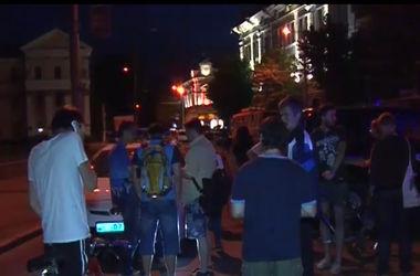 В Житомире после переговоров  захватчики освободили заложников