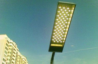В Киеве хотят установить экономные лампы