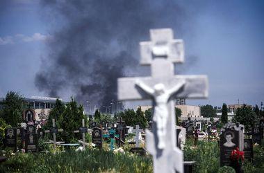 Фотонеделя: выборы в Украине и Египте, бои в Сирии, массовые протесты в Бразилии и обстрел донецкого аэропорта