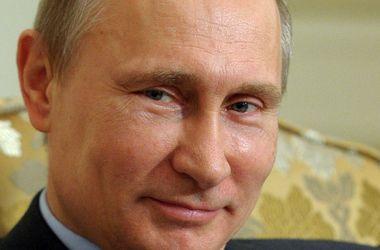 Путин наградил журналистов, которых уличили в пособничестве террористам в Украине