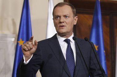 Туск считает, что в политическом смысле Украина понемногу становится на ноги
