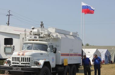 """МИД: Пусть Россия посылает свою """"гуманитарную помощь"""" в Крым"""