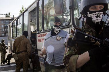 Минобороны хочет обменять захваченного под Волновахой военного на одного из сепаратистов – Коваль