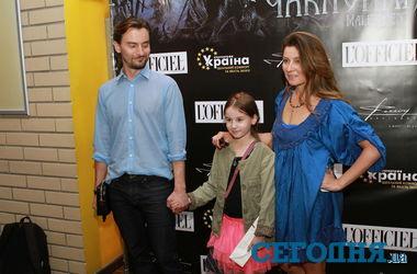 Украинские звезды пришли посмотреть на проделки Анджелины Джоли в кино