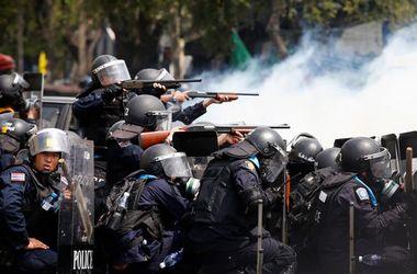 Тысячи военных размещены в центре Бангкока для предотвращения протестов