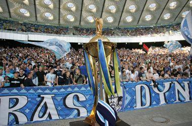 Чемпионат Украины по футболу: под вопросом не только Восток, но и Запад