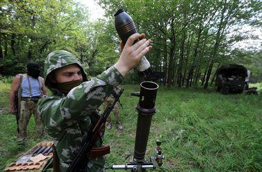 В ходе боя у воинской части в Луганске уничтожено пять террористов