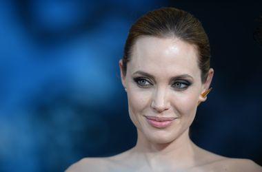 Роль Клеопатры станет для Анджелины Джоли последней