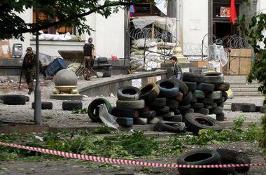 Взрыв в Луганской обладминистрации устроили боевики - генерал ВС Украины