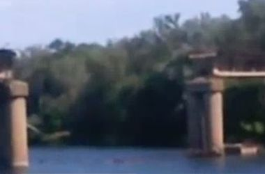 В Луганской области террористы взорвали мост