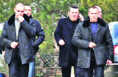"""Подробности задержания главаря банды """"башмаков"""": головореза ловили 20 милиционеров"""
