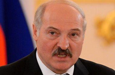 Лукашенко заявляет о готовности сотрудничать с новой украинской властью
