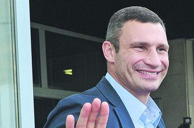 Виталий Кличко проверил разгромленные кабинеты Киеврады