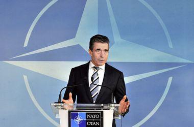 В ближайшие годы партнерство между Украиной и НАТО усилится - генсек