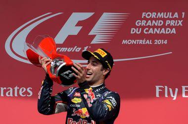 Даниэль Риккардо впервые в карьере выиграл гонку Формулы-1
