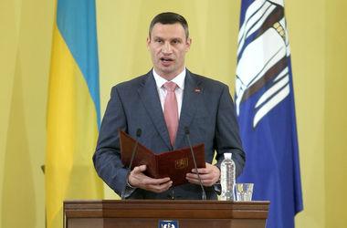Кличко хочет, чтобы киевские бизнесмены восстанавливали Киевраду за свой счет