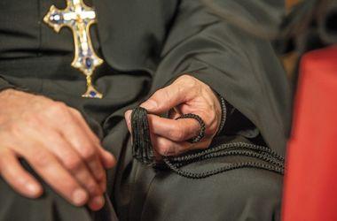 В Луганске богослужения проводятся за закрытыми дверями, а многие храмы закрыты - УПЦ КП
