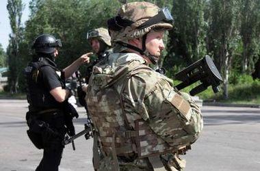 Боевики штурмовали аэропорты в Луганске и Краматорске – пресс-служба АТО