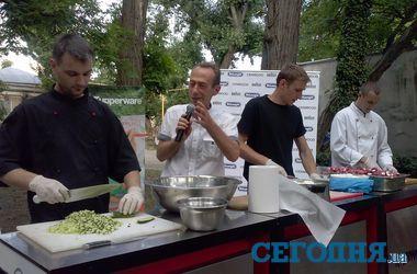 В Одессе приготовили самую большую в мире окрошку