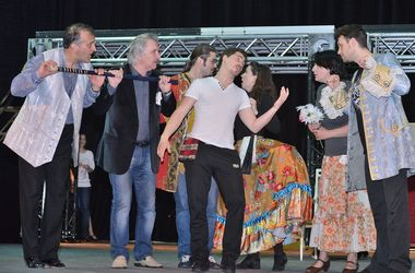 В Киеве покажут мюзикл с карнавалом и шпагами