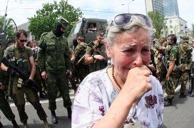 Два месяца боевых действий в Донбассе:  от баррикад до побега