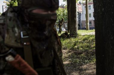 """Крымская """"самооборона"""" готовит диверсии на Востоке Украины - Тымчук"""