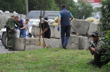 В Донецке за прошедшие сутки похищали людей, грабили и угоняли авто