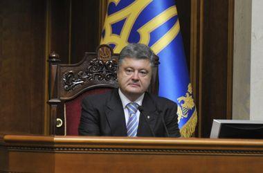 Порошенко отреагировал на освобождение Лозинского