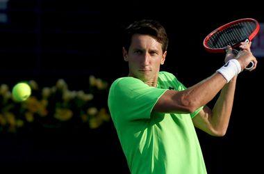 Сергей Стаховский покидает турнир в Лондоне