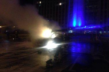 Взрывы возле Донецкой ОГА: очевидцы сообщают о раненых