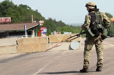 """Украинский военный: """"Спим прямо на земле, под деревьями, положив под голову автомат"""""""