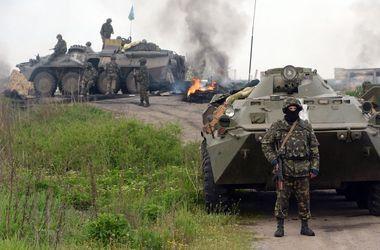На границе с Россией уничтожено более 40 боевиков и 12 единиц военной техники – Минобороны