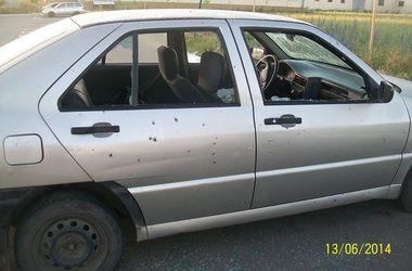 В Луганске взорвали и расстреляли машины на территории управления ГАИ
