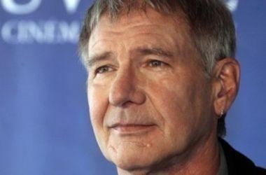 71-летний Харрисон Форд находится в тяжелом состоянии в больнице Оксфорда