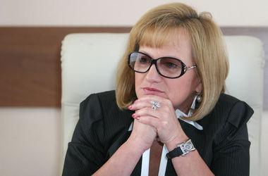 """Петряева: """"В Донбассе медикам приходится прятаться под машинами скорой помощи и жить без зарплат"""""""