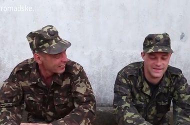 """Отец и сын вместе записались в батальон """"Айдар"""" и освободили родной город от террористов"""